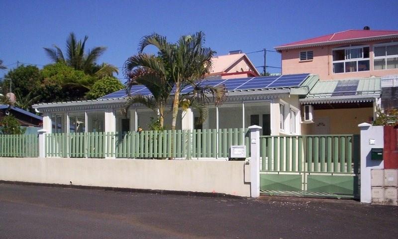 Sale house / villa Ste suzanne 238500€ - Picture 1