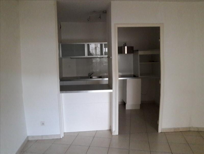 Location appartement Marseille 8ème 998€ CC - Photo 8