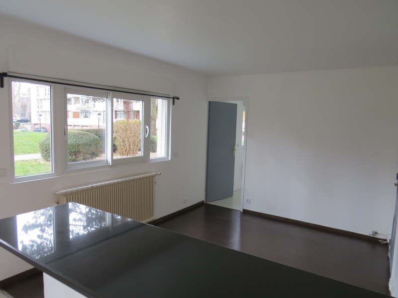 Rental apartment Maisons-laffitte 850€cc - Picture 1
