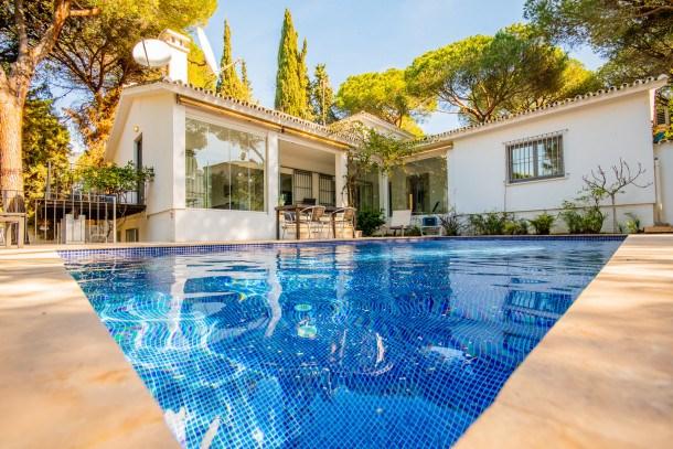 Location vacances Marbella -  Maison - 8 personnes - Barbecue - Photo N° 1