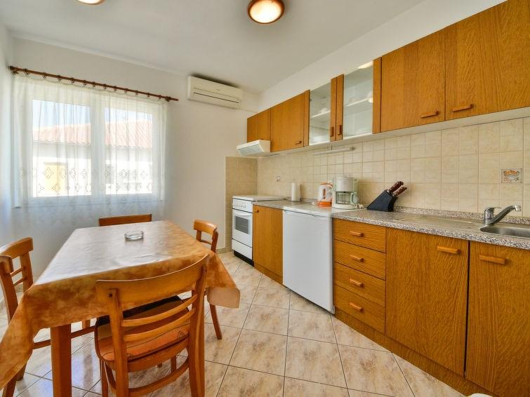Appartement pour 4 à Rab/Kampor