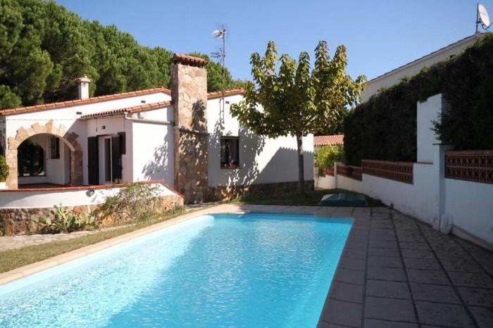 Maison de style espagnol avec piscine privée