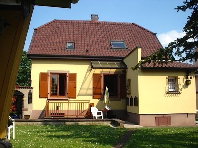 House for 5 ppl. with private car park, Colmar