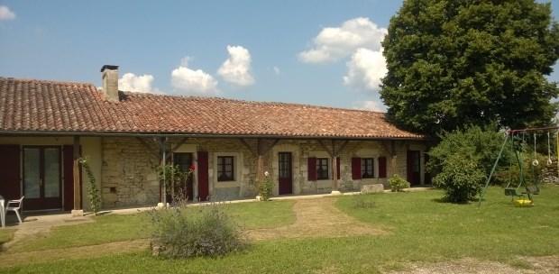 Location vacances Sainte-Croix-de-Mareuil -  Gite - 10 personnes - Jardin - Photo N° 1