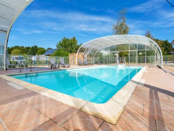 Location vacances Ambon -  Maison - 6 personnes - Salon de jardin - Photo N° 1