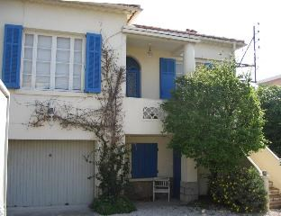 Holiday rentals Le Pradet - House - 8 persons - BBQ - Photo N° 1