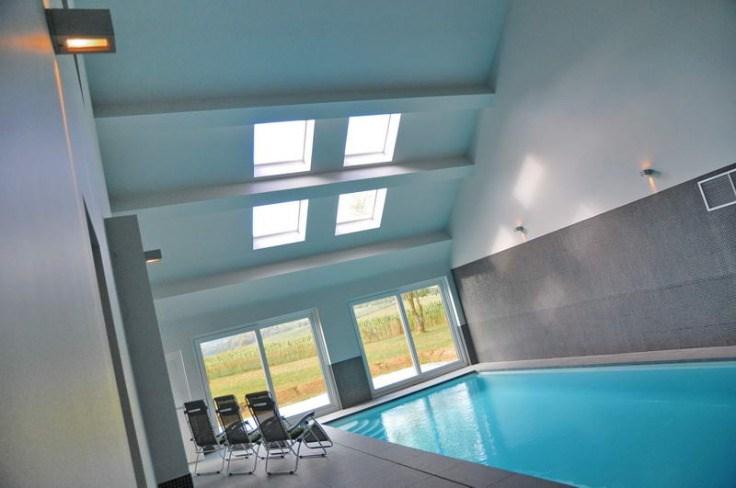 Magnifique villa avec piscine intérieure pour 12 personnes.