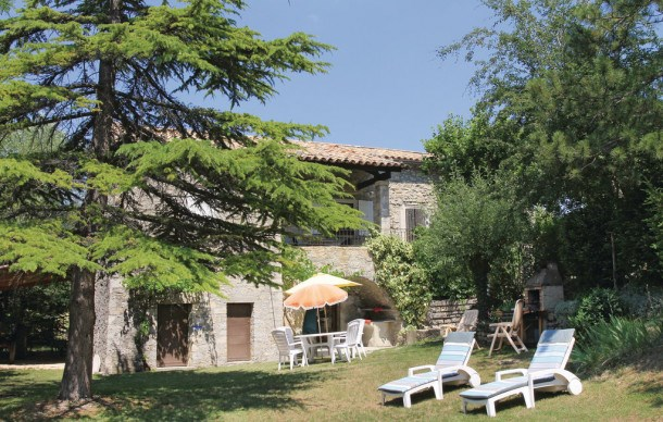 Location vacances Montguers -  Maison - 6 personnes - Barbecue - Photo N° 1