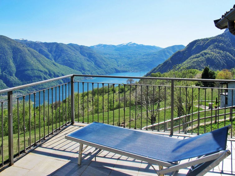 Location vacances Porlezza -  Appartement - 5 personnes -  - Photo N° 1