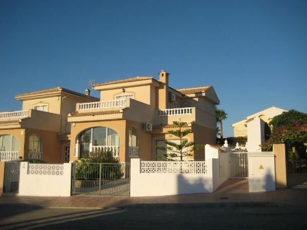 Maison à louer. Costa Blanca (Alicante)