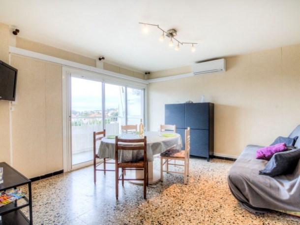 Location vacances Carqueiranne -  Appartement - 4 personnes - Télévision - Photo N° 1