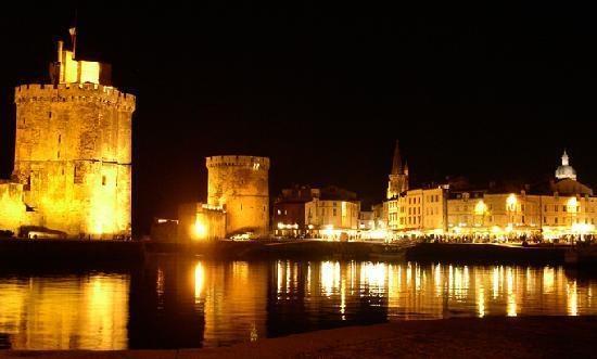 Vieux Port de La rochelle la nuit