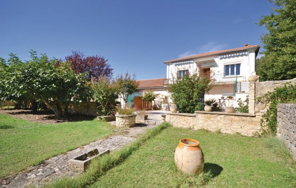 Location vacances Caromb -  Maison - 6 personnes - Barbecue - Photo N° 1