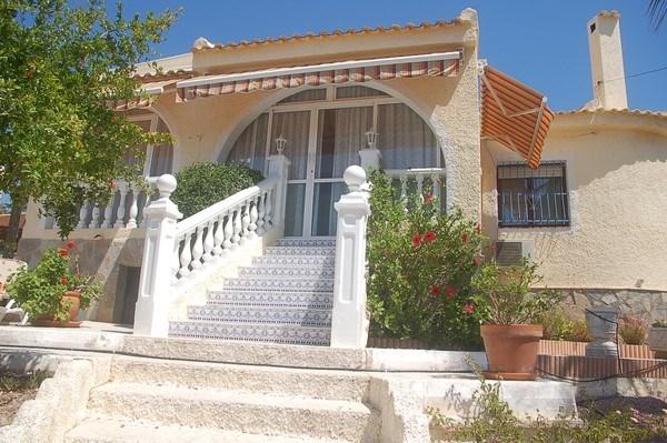 Villa 3 chambres dans quartier calme avec Jacuzzi