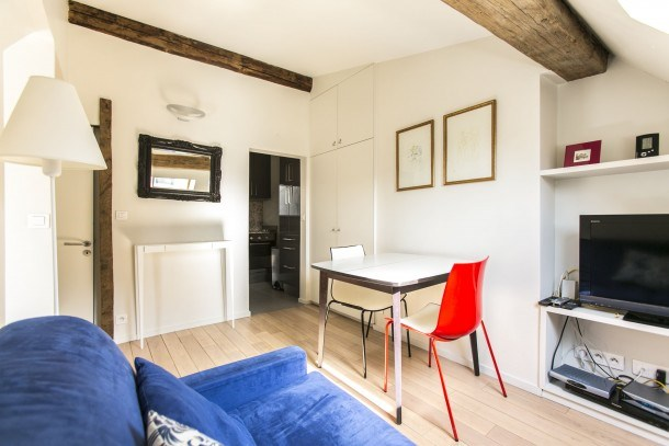 Charming 1bdr steps from Invalides