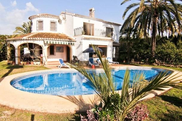 Villa Tula: Magnifique Villa entourée d'orangers, à seulement 5 minutes de la vieille ville de Jávea