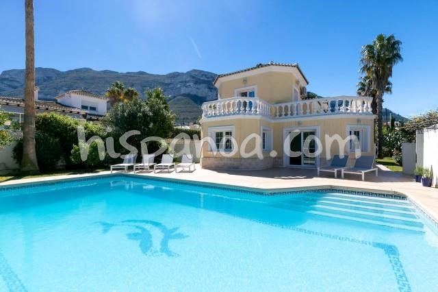 Holiday rentals Dénia - House - 8 persons - BBQ - Photo N° 1