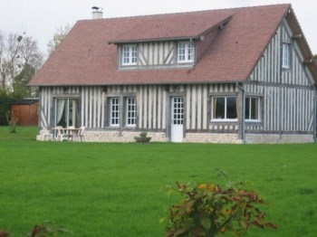 lodgings in half-timberings - Beaufour