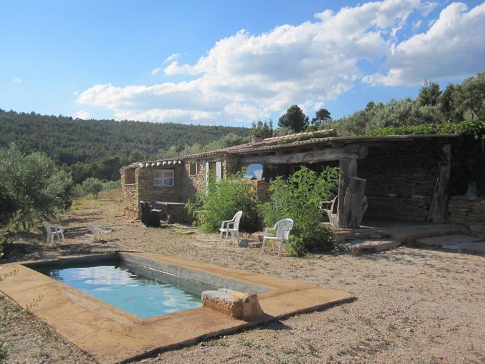 Cabanon Provençal en pierres apparentes
