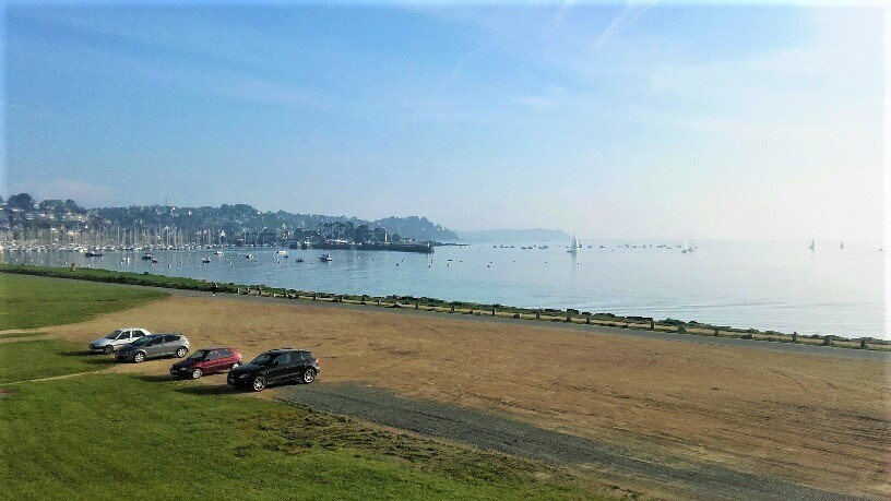 Holiday rentals Perros-Guirec - Apartment - 2 persons - Television - Photo N° 1