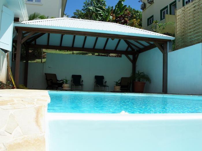 Location vacances La Trinité -  Appartement - 4 personnes - Salon de jardin - Photo N° 1