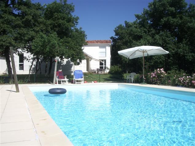 Grande maison contemporaine avec piscine - Sur les hauteurs de Martel - Au calme