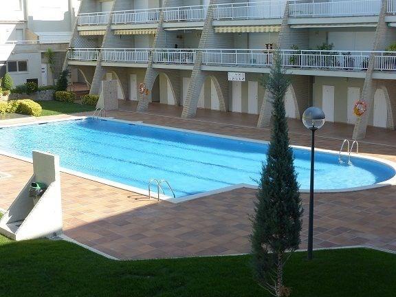 Location vacances l'Escala -  Appartement - 4 personnes - Salon de jardin - Photo N° 1