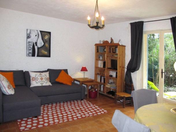 Location vacances Le Plan-de-la-Tour -  Appartement - 4 personnes - Barbecue - Photo N° 1