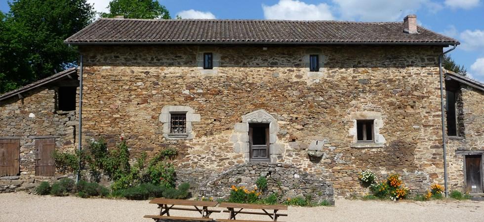 Location vacances Champagnac-la-Rivière -  Maison - 10 personnes - Bouilloire - Photo N° 1