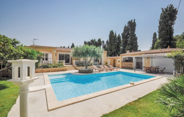 Location vacances Salon de Provence -  Maison - 6 personnes - Jardin - Photo N° 1