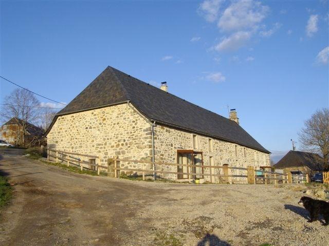 Grand gite entièrement rénové dans le Cantal