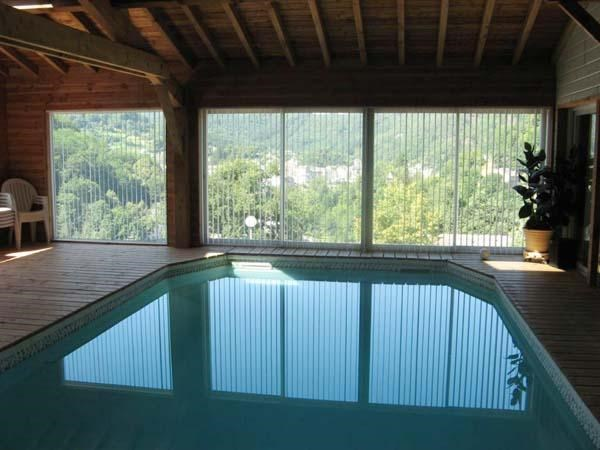 Chalet indépendant climatisé de plain pied, avec vue sur le parc Régional du Haut Languedoc.