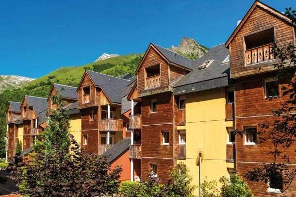 Location vacances Cauterets -  Appartement - 4 personnes - Salon de jardin - Photo N° 1