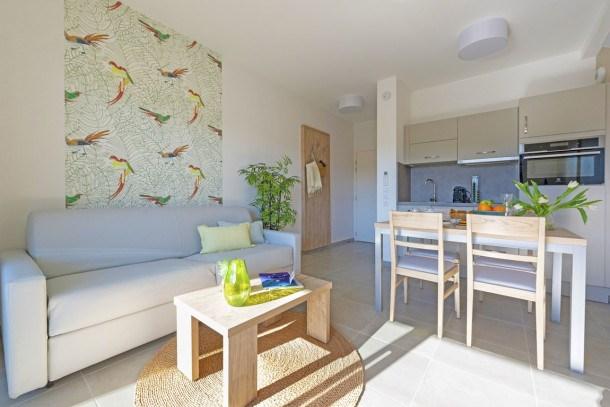 Location vacances Bormes-les-Mimosas -  Appartement - 4 personnes - Télévision - Photo N° 1