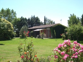 Location vacances Le Burgaud -  Gite - 2 personnes - Barbecue - Photo N° 1