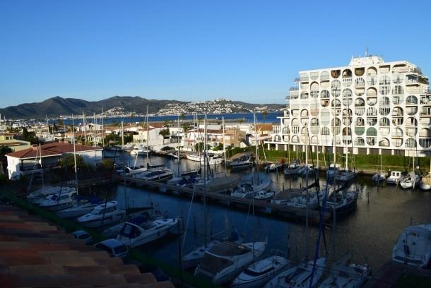 Joli appartement vue marina proche plage et commerces avec wifi ref 344