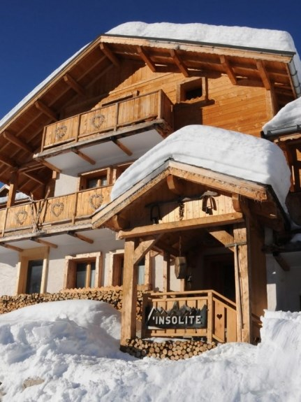 Location Chalet de luxe Chalet l'insolite esprit traditionnel et confort moderne, sauna et spa avec vue sur les montagne