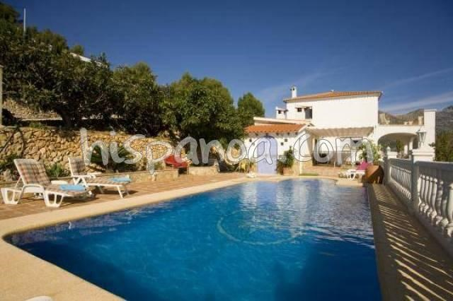 Location vacances Polop -  Maison - 8 personnes - Barbecue - Photo N° 1