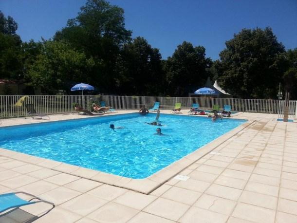 Location vacances Saint-Chamarand -  Maison - 6 personnes - Court de tennis - Photo N° 1