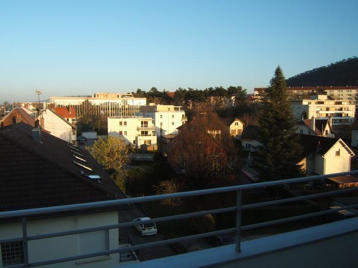 Location vacances Besançon -  Appartement - 2 personnes - Salon de jardin - Photo N° 1
