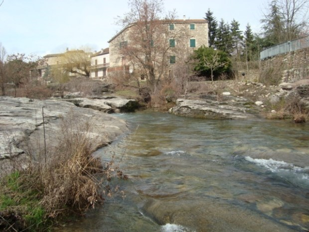 Gîte de charme  le Moulin de Rosières *** en bordure de la rivière La Beaume - Rosières