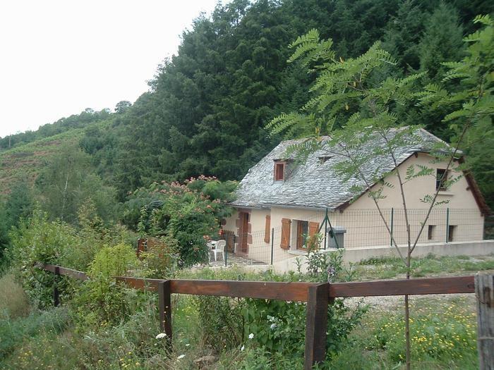 Location vacances Mouret -  Maison - 5 personnes - Barbecue - Photo N° 1