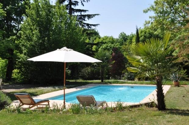 Location vacances Rillieux-la-Pape -  Gite - 6 personnes - Barbecue - Photo N° 1