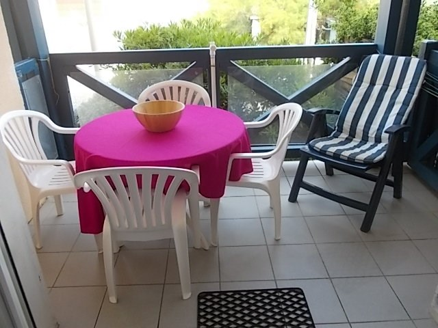 Location vacances Mimizan -  Appartement - 3 personnes - Salon de jardin - Photo N° 1