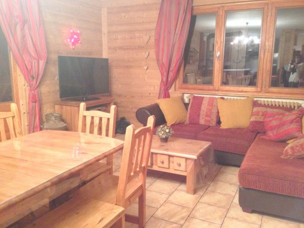 Location vacances Crest-Voland -  Appartement - 17 personnes - Barbecue - Photo N° 1
