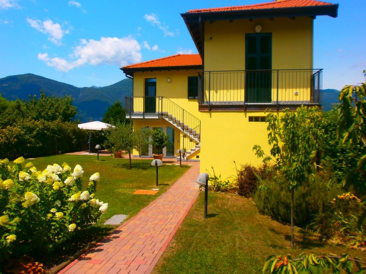 Location vacances Porto Valtravaglia -  Maison - 8 personnes -  - Photo N° 1