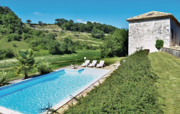 Location vacances Engayrac -  Maison - 10 personnes - Barbecue - Photo N° 1