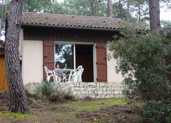 Ferienwohnungen Carcans - Wohnung - 5 Personen - Liegestuhl - Foto Nr. 1