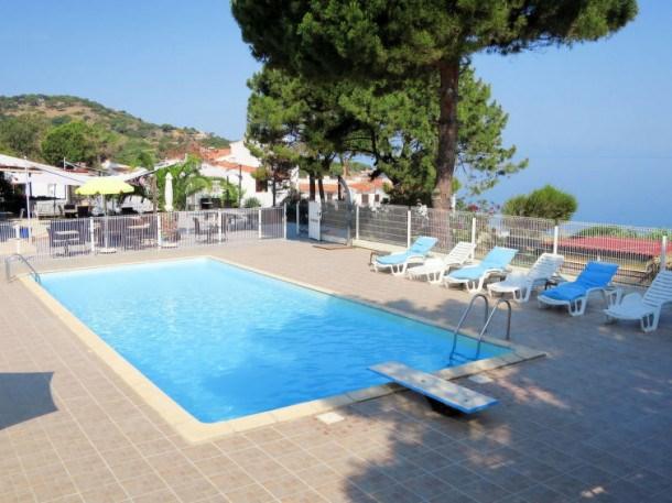 Location vacances Casaglione -  Appartement - 4 personnes - Table de ping-pong - Photo N° 1
