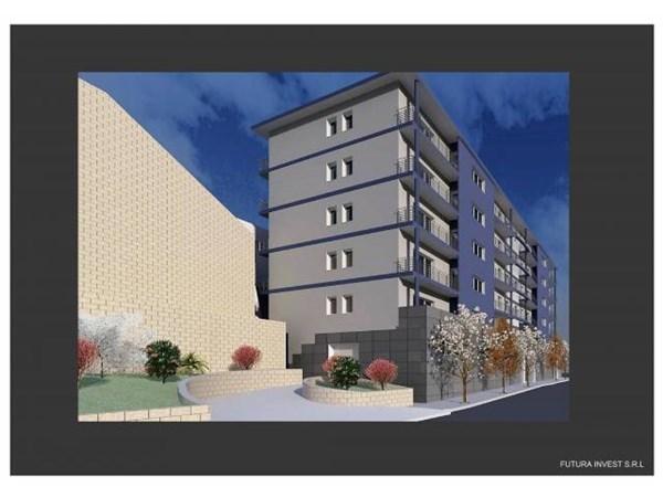 Vente Appartement 3 pièces 83m² Napoli